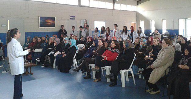 Kursiyerlere sağlıklı beslenme semineri