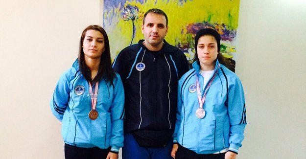 2015'in ilk madalyaları boksörlerden geldi