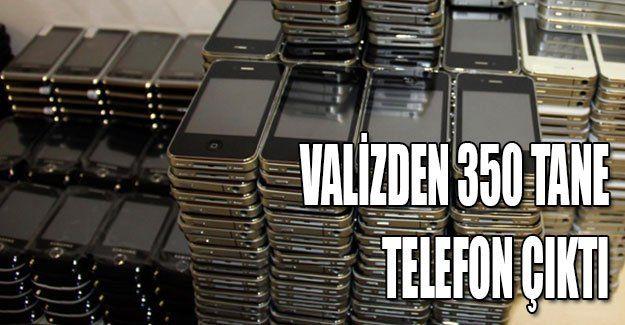 Valizden 350 tane telefon çıktı