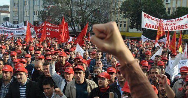 10 kentte 22 fabrikada grev!