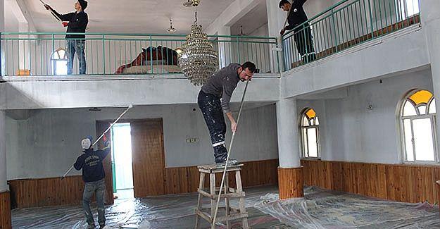 Kandıra'da onarılan cami ibadete açıldı