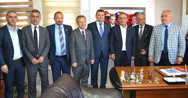 CHP'li adayların sendika ziyaretleri