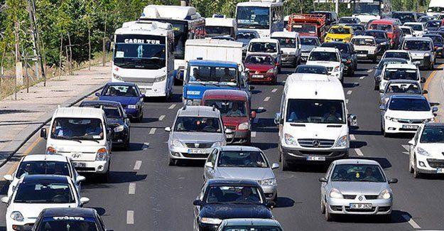Trafikte yeni dönem! Vatandaş çekecek, polis yazacak