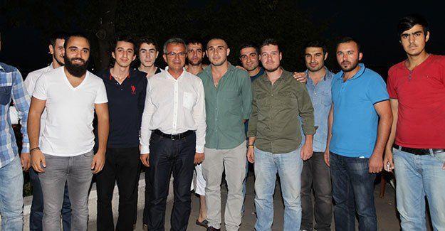 Başkan Köşker, AK gençlerle buluştu