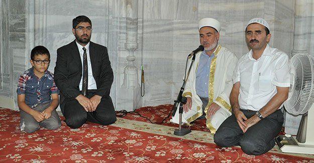 Şehitlerimiz için Kur'an tilaveti