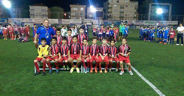 H.Yıldızspor U-11 Takımı Tuzla'da turnuvaya katıldı