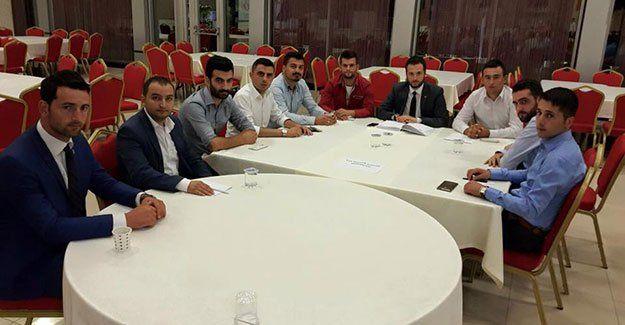 AKP'li gençler, seçime hazır