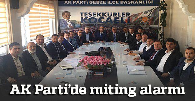 AK Parti'de miting alarmı