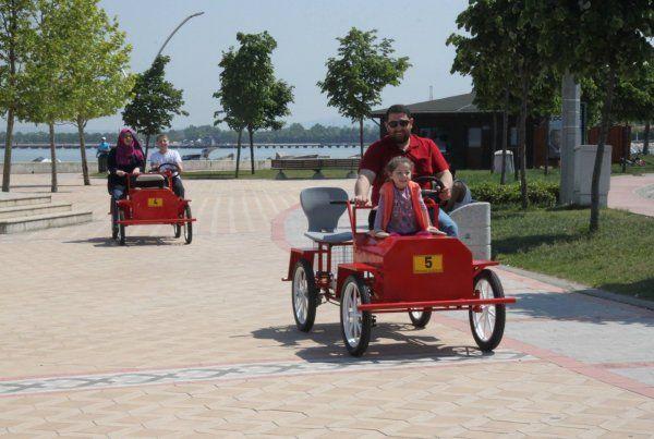 Başiskele'de sahildeki bisikletlere tepki var