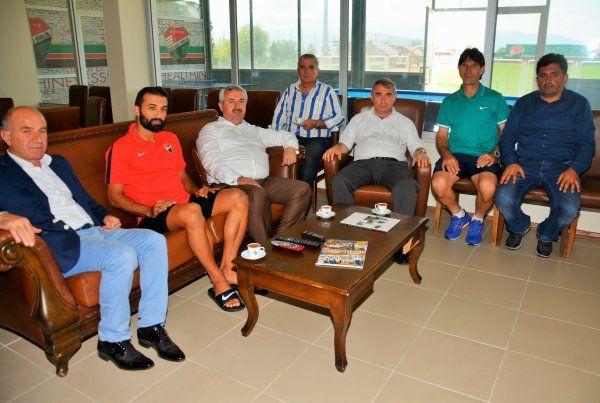 Başkan Baran, Kocaeli Birlikspor'u ziyaret etti