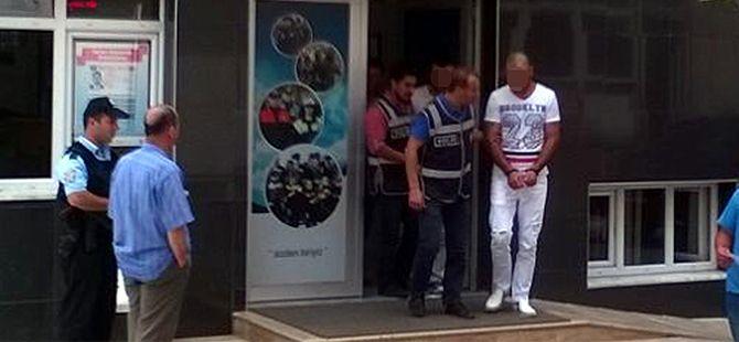 Kabin memuruna şantajdan 3 kişi tutuklandı