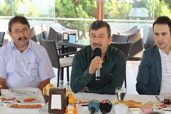 Darıca Belediye Başkanı Karabacak, çalışmaları değerlendirdi