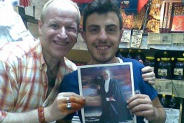 Osman Ay'dan 5 binAtatürk posteri