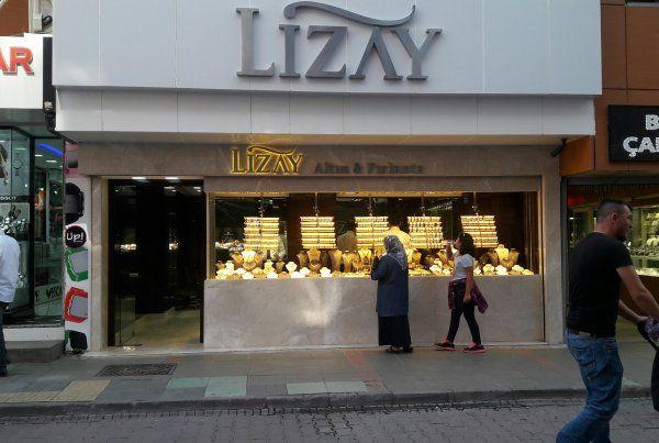Lizay Kuyumculuk,İzmit'te şubesi açıldı