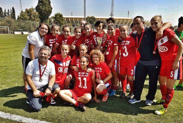 Kadınlar futbolun efendisi: Hasan Alemdar