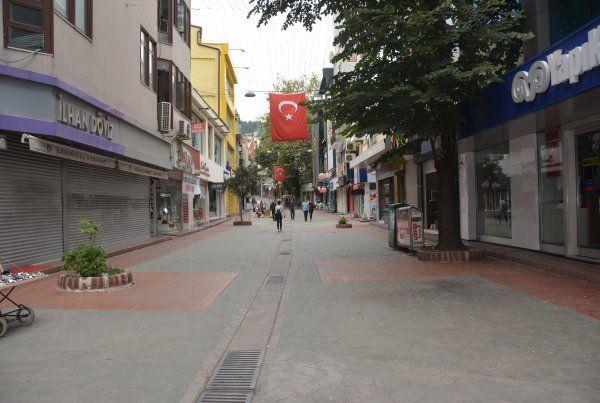 Bayramda sokaklar boş kaldı