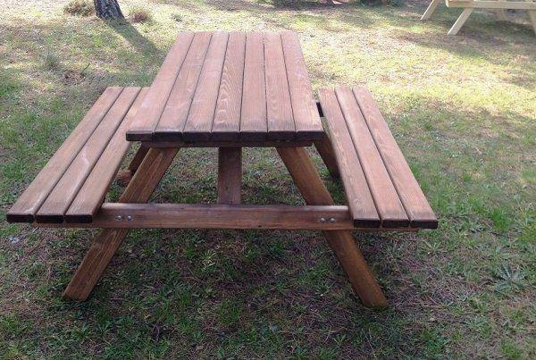 İzmit'te park ve yeşil alanlara piknik masası alınacak