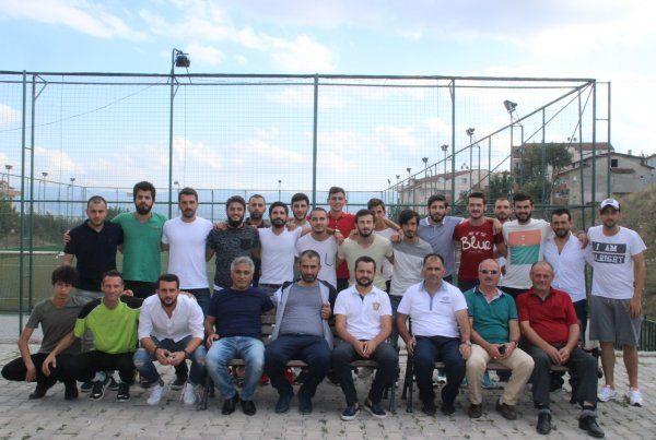 Çınarlıspor'da önce bayramlaşma, sonra antrenman