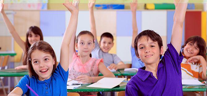 18 milyon öğrenci için 'ders zili' değişikliklerle çaldı