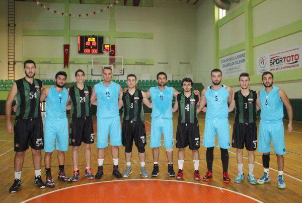 İzmit Basketbol İhtisas şov yaptı: 82-55