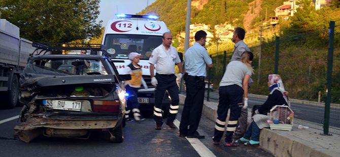 Karamürsel'de zincirleme kaza:3 yaralı