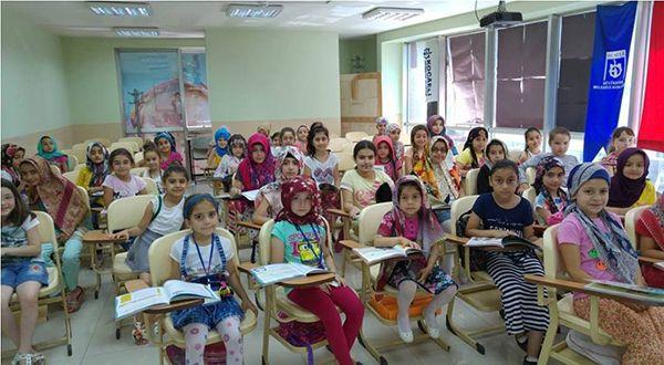 Bilgievleri'nde eğitimcilere eğitim