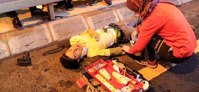 Minibüs servis otobüsüne çarptı: 5 yaralı!