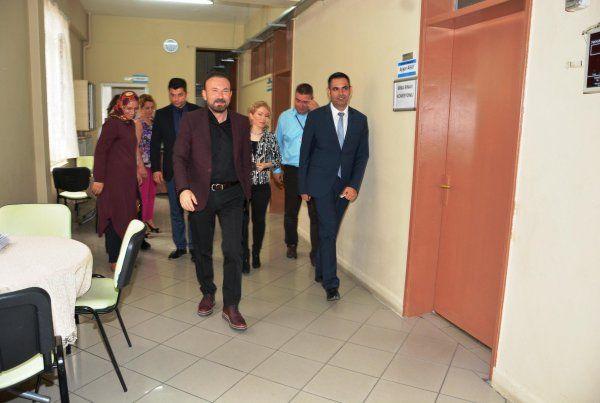 Başkan Doğan, okulları ziyaret etti