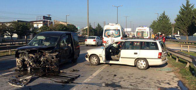 Araçla çarpışan otomobil sürücüsü yaralandı