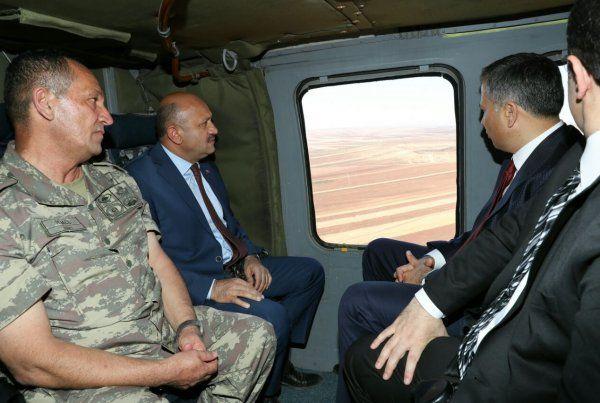 Milli Savunma Bakanı Işık, Suriye sınırında mesajı verdi