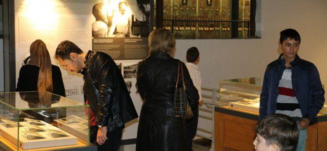 Türkiye'nin hafızası Kağıt Müzesi'ne büyük ilgi