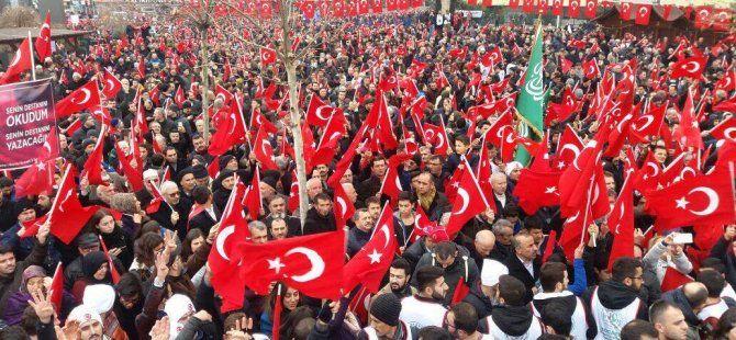İzmit'te on binler terörü lanetledi