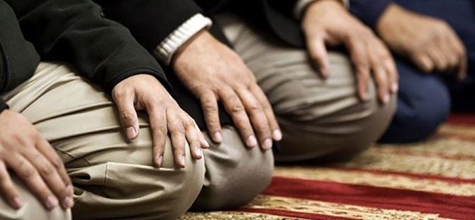 İmam izne gitti cemaat namazı kılamadı
