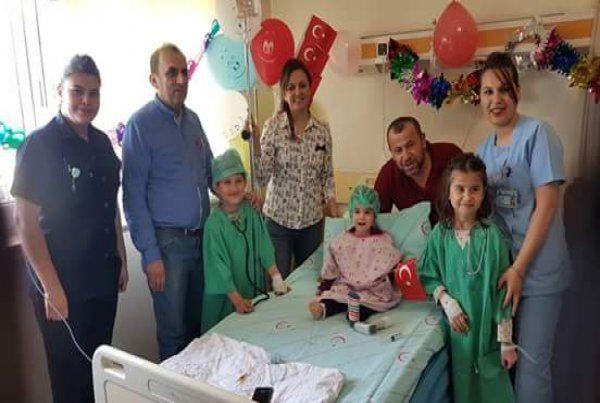 Derince Hastanesi'nde 23 Nisan coşkusu