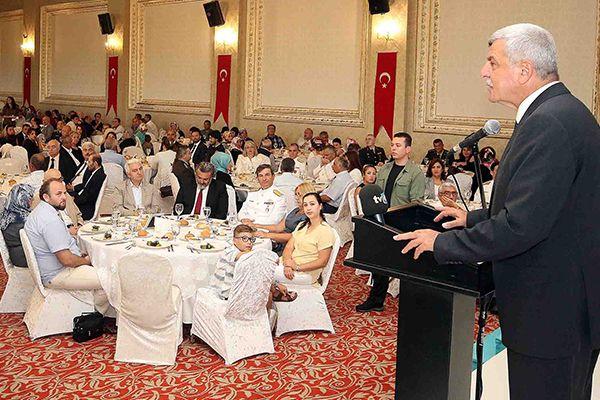 Karaosmanoğlu, ''Şehitlerimiz ve gazilerimiz bizlerin en büyük onurudur''
