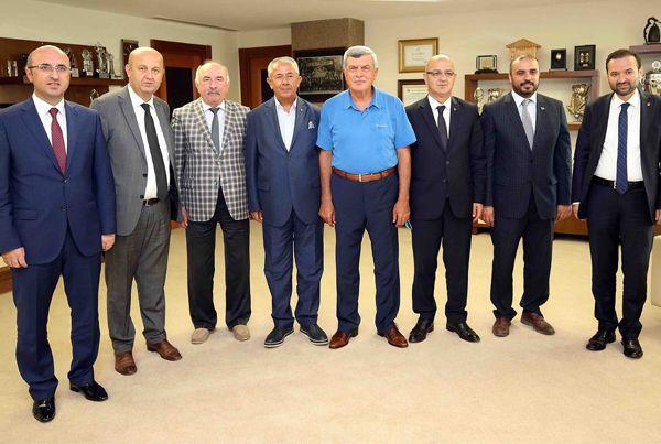 Başkan Karaosmaoğlu il başkanlarını ağırladı