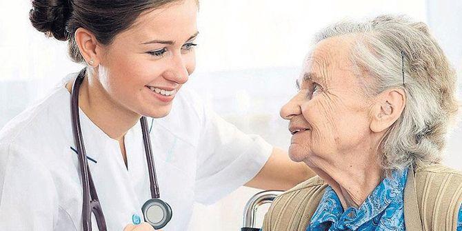 Yaşlıya ücretsiz sağlık hizmeti