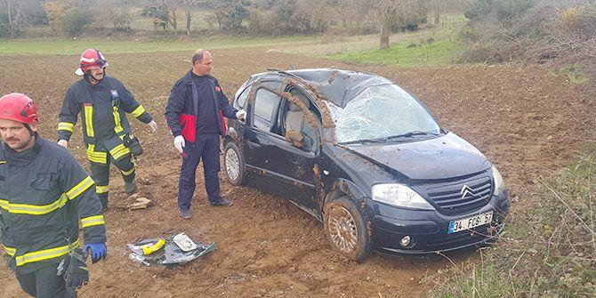 Kandıra'da otomobil devrildi! 1 yaralı