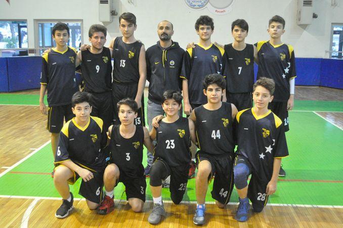 U-15 basketbol start aldı