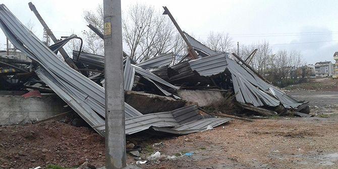 Hurdacı dükkanları yıkıldı