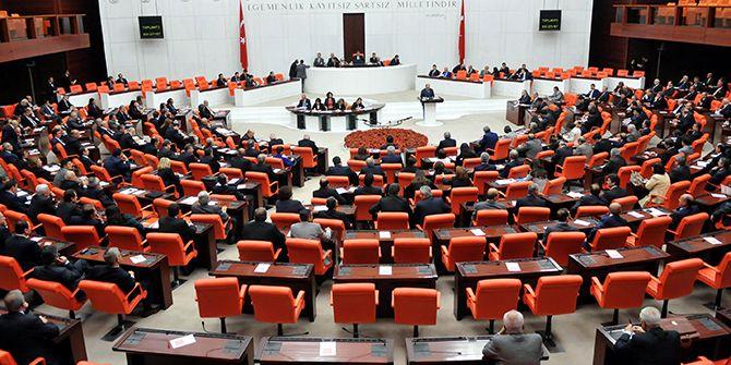 7 OHAL KHK'sı Meclis'te kabul edildi