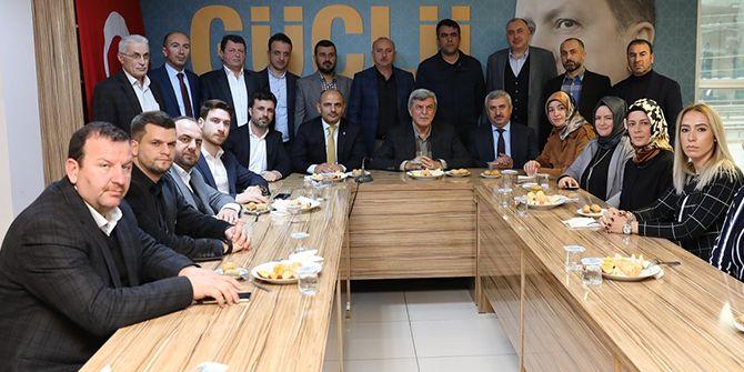 Başkanlardan, ilçe teşkilatına ziyaret
