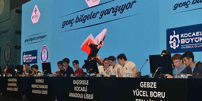 Genç Bilgelerin yarışması nefes kesti