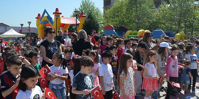 Bahçeşehir'de coşkulu bayram