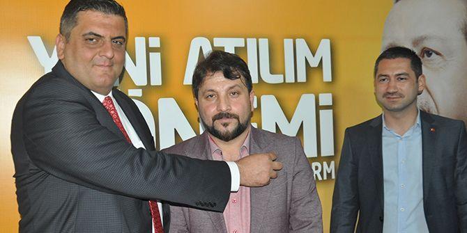 CHP'li Bakır AK Parti'ye üye oldu