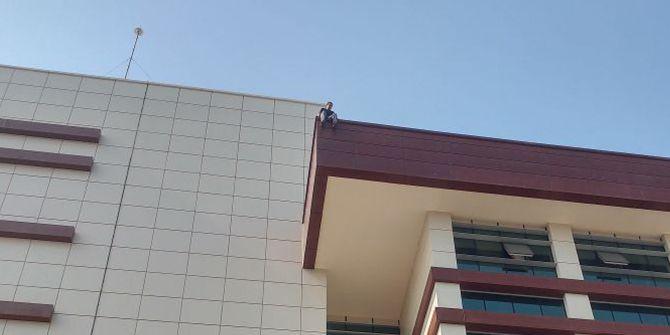 Kocaeli Devlet Hastanesi'nde intihar girişimi