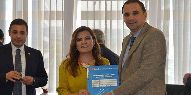 CHP'li Hürriyet adaylık başvurusunu yaptı