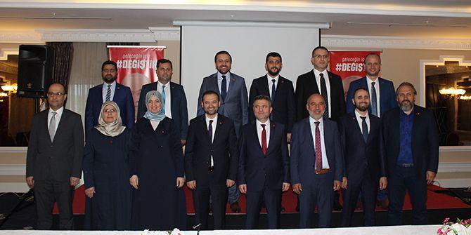 Saadet Partisi 13 adayını tanıttı