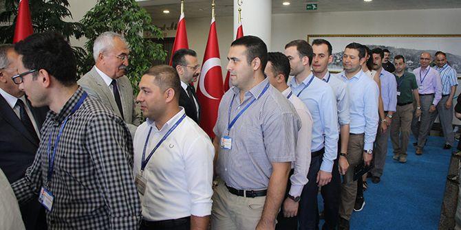 Vali Aksoy personeliyle bayramlaştı