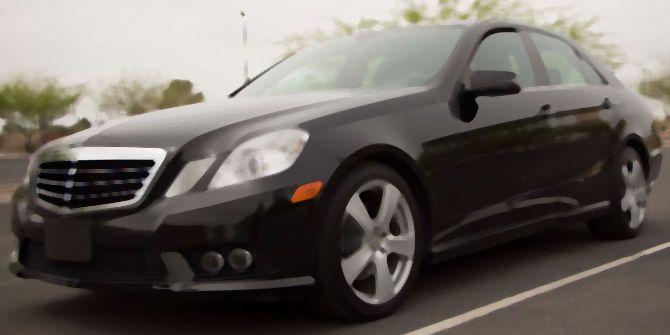 İzmit'te icradan satılık Mercedes!